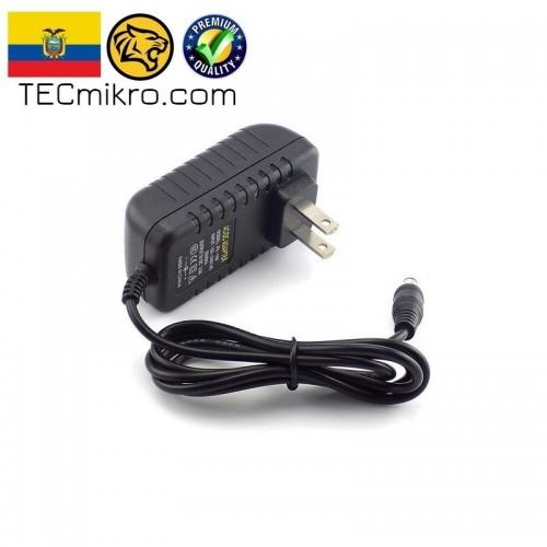 Adaptador fijo de corriente 5V ó 12V